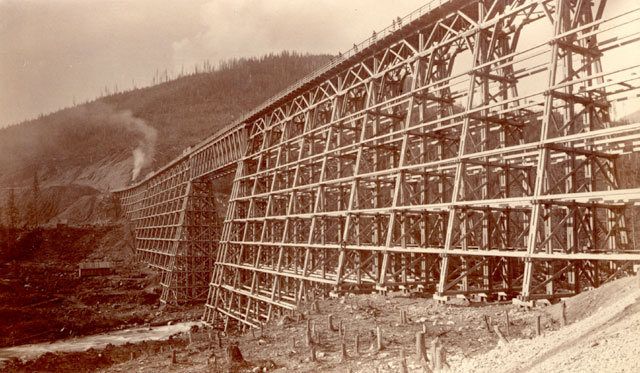 Mountain Creek Bridge at Selkirk in British Columbia